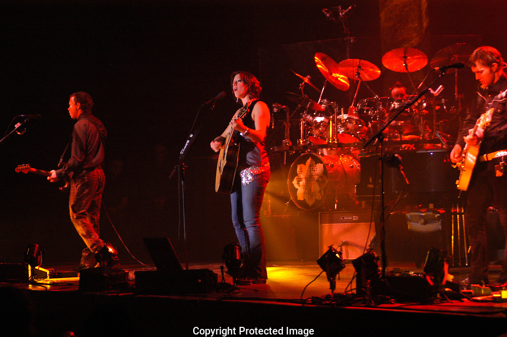 Sarah McLachlan live in concert at the Pepsi Stage in Amsterdam, The Netherlands. This concert is a part of her Afterglow Live tour .<br /> <br /> Sarah McLachlan treed op in de Pepsi Stage , Amsterdam. <br /> Sarah doet Nederland aan als gedeelte van hoaar Afterglow Live Tour.