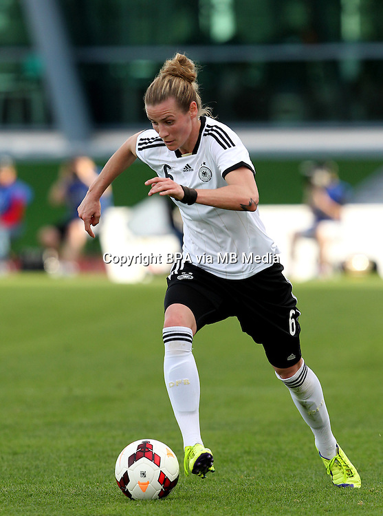 Fifa Womans World Cup Canada 2015 - Preview //<br /> Algarve Cup 2015 Tournament ( Vila Real San Antonio Sport Complex - Portugal ) - <br /> Germany vs Sweden 2-4   -  Simone Laudehr of Germany