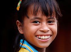 Bali Portraits: Girls