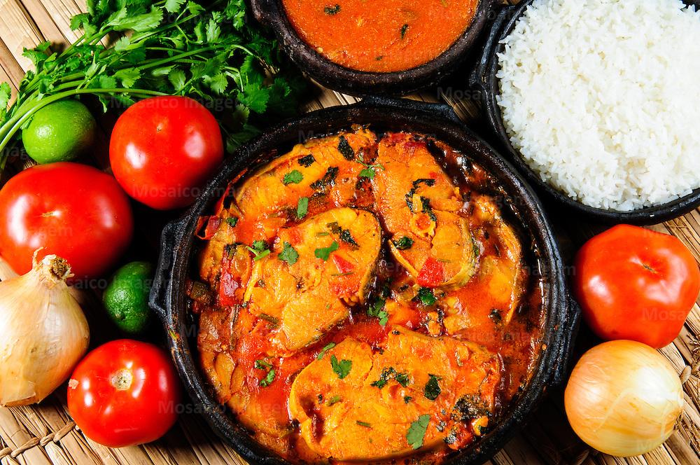 Brasil - Espirito Santo - Vitoria - Moqueca capixaba, pirao e arroz, pratos tipicos da culinaria do Espirito Santo  - Foto: Gabriel Lordello/ Mosaico Imagem