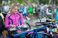 Liz Blatchford (AUS), November 3, 2013 - Triathlon : Noosa Triathlon, Noosa Pde, Noosa, Queensland, Australia. Credit: Lucas Wroe