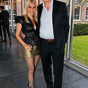 NLD/Zaandam/20100503 - Bekendmaking Playmate of the Year 2009, Judith Osborn en partner Bert van der Veer