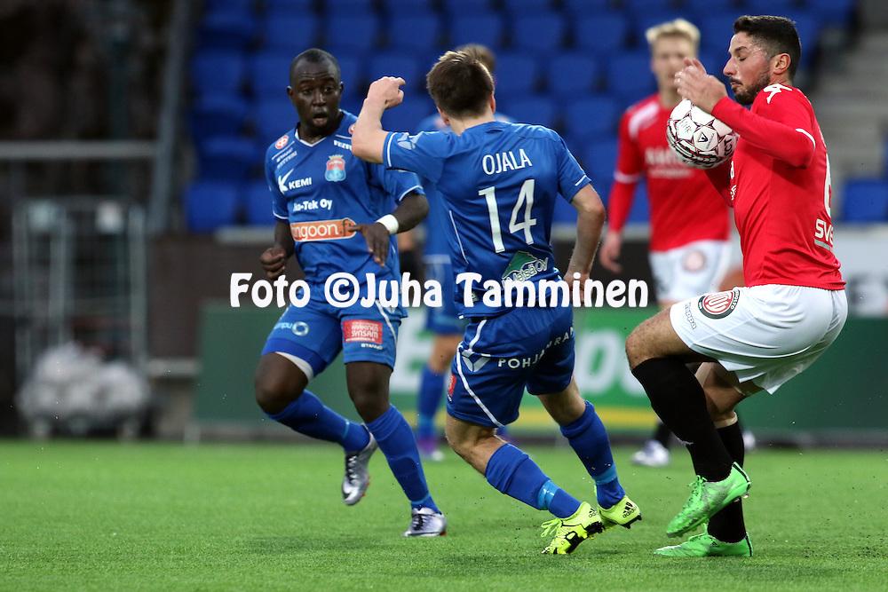 25.4.2016, Sonera Stadion, Helsinki.<br /> Veikkausliiga 2016.<br /> Helsingfors IFK - PS Kemi.<br /> Xhevdet Gela (HIFK) v Matias Ojala &amp; Kaby (PS Kemi).