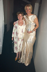 Left to right, IMELDA STAUNTON and EMMA THOMPSON at the 2006 Glamour Women of the Year Awards 2006 held in Berkeley Square Gardens, London W1 on 6th June 2006.<br /><br />NON EXCLUSIVE - WORLD RIGHTS
