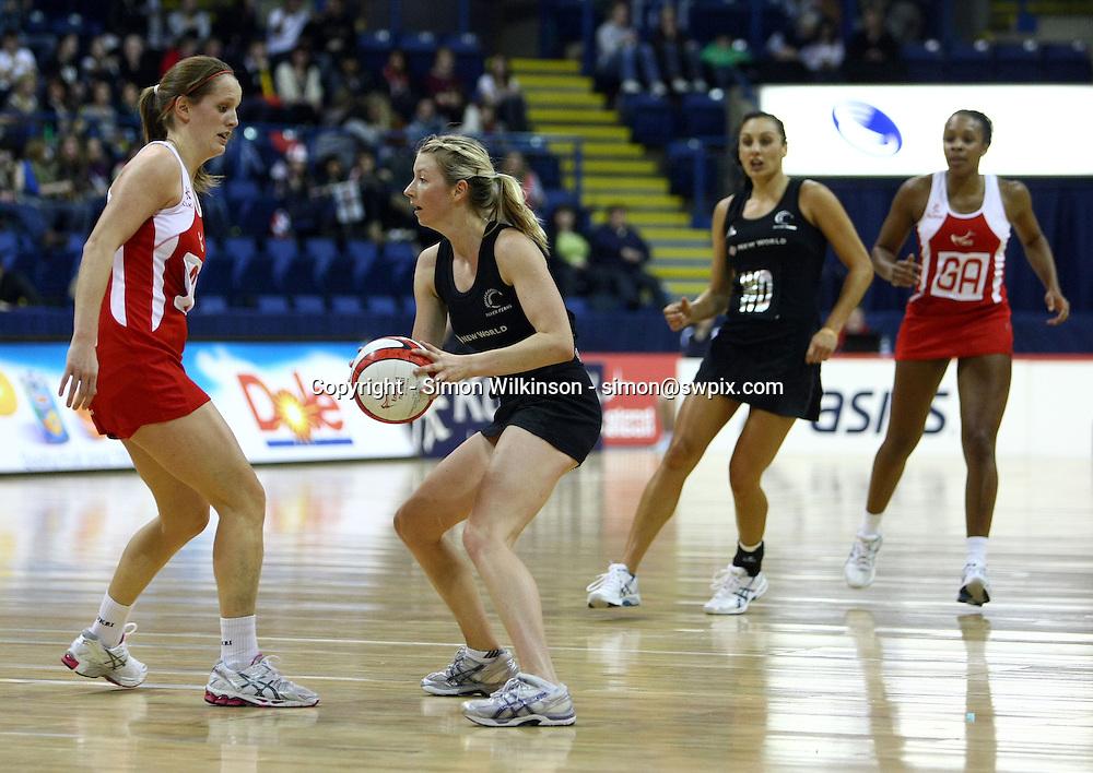 PICTURE BY VAUGHN RIDLEY/SWPIX.COM...Netball - International Netball Series - England v New Zealand - Capital FM Arena, Nottingham, England - 17/01/11...New Zealand's Camilla Lees.