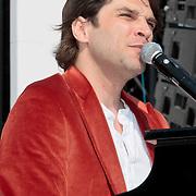 NLD/Amsterdam/20110430 - Koninginnedagconcert Radio 538, Xander de Buisonje