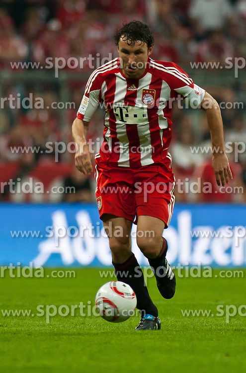 11.09.2010, Allianz Arena, München, GER, 1. FBL, FC Bayern München vs Werder Bremen, im Bild Mark van Bommel, (FC Bayern München, #17), EXPA Pictures © 2010, PhotoCredit: EXPA/ J. Feichter / SPORTIDA PHOTO AGENCY