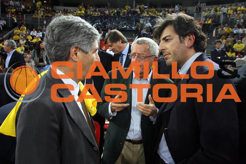 DESCRIZIONE : Roma Lega A1 2005-06 Play Off Semifinale Gara 4 Lottomatica Virtus Roma Benetton Treviso <br />GIOCATORE : Bianchini Vanghetti<br />SQUADRA : <br />EVENTO : Campionato Lega A1 2005-2006 Play Off Semifinale Gara 4 <br />GARA : Lottomatica Virtus Roma Benetton Treviso <br />DATA : 08/06/2006 <br />CATEGORIA : <br />SPORT : Pallacanestro <br />AUTORE : Agenzia Ciamillo-Castoria/G.Ciamillo<br />Galleria : Lega Basket A1 2005-2006 <br />Fotonotizia : Roma Campionato Italiano Lega A1 2005-2006 Play Off Semifinale Gara 4 Lottomatica Virtus Roma Benetton Treviso<br />Predefinita :