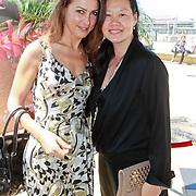 NLD/Scheveningen/20110620 - Society Lunch 2011, Euvgenia Parakhina en vriendin