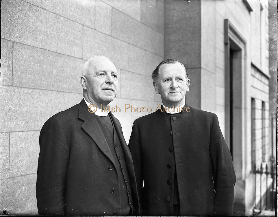 12/06/1957.06/12/1957.12 June 1957. Rev. T. Wesley McKinney, President Elect of Methodist Church Conference with Rev. Samuel McCaffrey, outgoing President of Methodist Church in Ireland on right. Methodist Church Conference at St Stephens Green, Dublin.