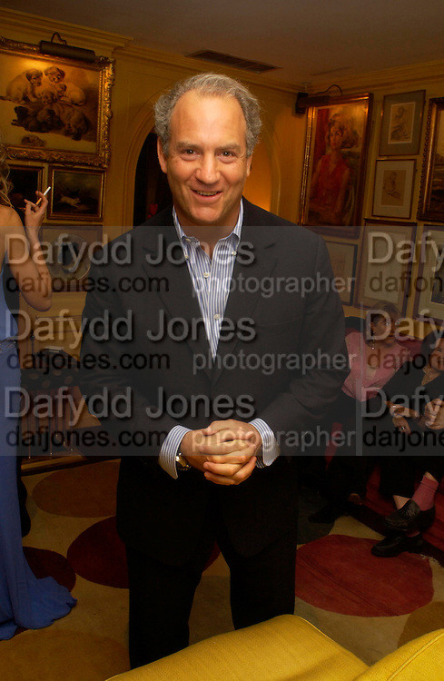 Charles Finch. Artists Independent Networks  Pre-BAFTA Party at Annabel's co hosted by Charles Finch and Chanel. Berkeley Sq. London. 11 February 2005. . ONE TIME USE ONLY - DO NOT ARCHIVE  © Copyright Photograph by Dafydd Jones 66 Stockwell Park Rd. London SW9 0DA Tel 020 7733 0108 www.dafjones.com