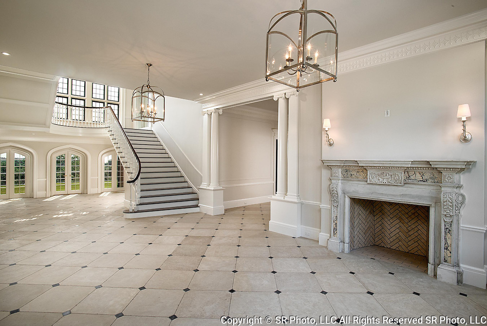 Leona Helmsley, Queen of Mean, Dunnellen Hall,<br />