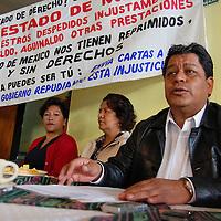 Toluca, Mex.- Luis Zamora Calzada, líder del Sindicato Único de Maestros y Académicos del Estado de México (SUMAEM), donde explicó la iniciativa de ley de escalafón para los servidores públicos del subsistema de educativo estatal, que presentó ante la Cámara de Diputados. Agencia MVT / Rummenige Velasco. (DIGITAL)<br /> <br /> <br /> <br /> NO ARCHIVAR - NO ARCHIVE