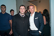 ROB SONING; DAVID BARNETT, Wallpaper* Design Awards. Wilkinson Gallery, 50-58 Vyner Street, London E2, 14 January 2010 *** Local Caption *** -DO NOT ARCHIVE-© Copyright Photograph by Dafydd Jones. 248 Clapham Rd. London SW9 0PZ. Tel 0207 820 0771. www.dafjones.com.<br /> ROB SONING; DAVID BARNETT, Wallpaper* Design Awards. Wilkinson Gallery, 50-58 Vyner Street, London E2, 14 January 2010