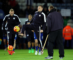Jamie Vardy of Leicester City comes out for the warm up - Mandatory byline: Robbie Stephenson/JMP - 28/11/2015 - Football - King Power Stadium - Leicester, England - Leicester City v Manchester United - Barclays Premier League