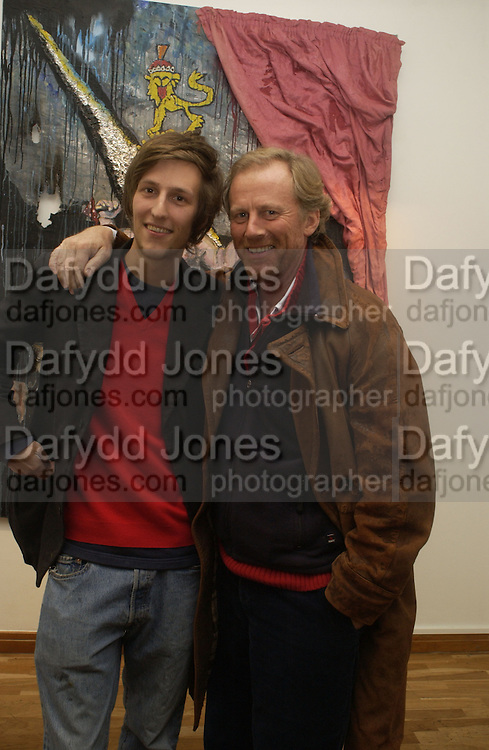 Henry Hudson and his father Richard Hudson. Henry Hudson and Stella Vine. 'The Beautiful and The Dammed. Hiscox Art Projects. 1 Great St Helenês London EC3A 6HX  London. November 23 November 2005. ONE TIME USE ONLY - DO NOT ARCHIVE  © Copyright Photograph by Dafydd Jones 66 Stockwell Park Rd. London SW9 0DA Tel 020 7733 0108 www.dafjones.com