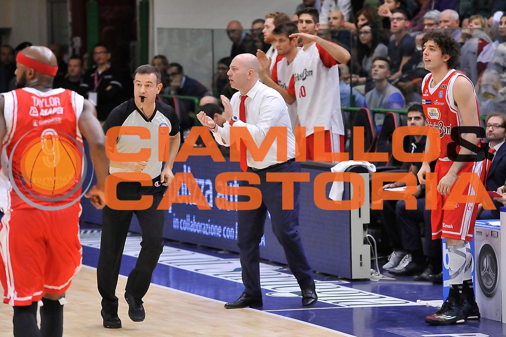 DESCRIZIONE : Campionato 2014/15 Dinamo Banco di Sardegna Sassari - Grissin Bon Reggio Emilia<br /> GIOCATORE : Massimiliano Menetti<br /> CATEGORIA : Allenatore Coach<br /> SQUADRA : Grissin Bon Reggio Emilia<br /> EVENTO : LegaBasket Serie A Beko 2014/2015<br /> GARA : Dinamo Banco di Sardegna Sassari - Grissin Bon Reggio Emilia<br /> DATA : 22/12/2014<br /> SPORT : Pallacanestro <br /> AUTORE : Agenzia Ciamillo-Castoria / Luigi Canu<br /> Galleria : LegaBasket Serie A Beko 2014/2015<br /> Fotonotizia : Campionato 2014/15 Dinamo Banco di Sardegna Sassari - Grissin Bon Reggio Emilia<br /> Predefinita :