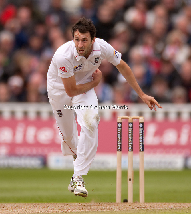 Graham Onions bowls during the third and final Investec Test Match between England and West Indies at Edgbaston, Birmingham. Photo: Graham Morris (Tel: +44(0)20 8969 4192 Email: sales@cricketpix.com) 09/06/12