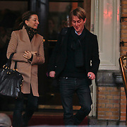 NLD/Amsterdam/20101127 - Take That verlaat hun hotel in Amsterdam,