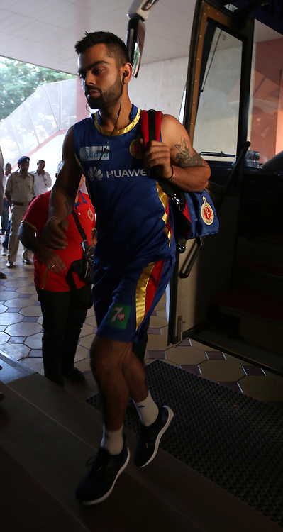 Royal Challengers Bangalore captain Virat Kohli arrives for the match 22 of the Pepsi IPL 2015 (Indian Premier League) between The Rajasthan Royals and The Royal Challengers Bangalore held at the Sardar Patel Stadium in Ahmedabad , India on the 24th April 2015.<br /> <br /> Photo by:  Sandeep Shetty / SPORTZPICS / IPL