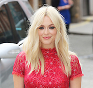 Fearne Cotton launches her SS14 fashion collection for Very.co.uk