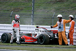 SHIZUOKA, JAPAN - Sunday, October 12, 2008: Heikki Kovalainen (FIN, Vodafone McLaren Mercedes) retires during the Japanese Formula One Grand Prix at the Fuji Speedway. (Photo by Michael Kunkel/Hochzwei/Propaganda)