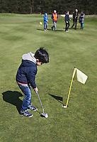HILVERSUM - OPEN GOLFDAG SPANDERSBOSCH.  , kennismaken met golf tijdens Open Golfdag, COPYRIGHT KOEN SUYK