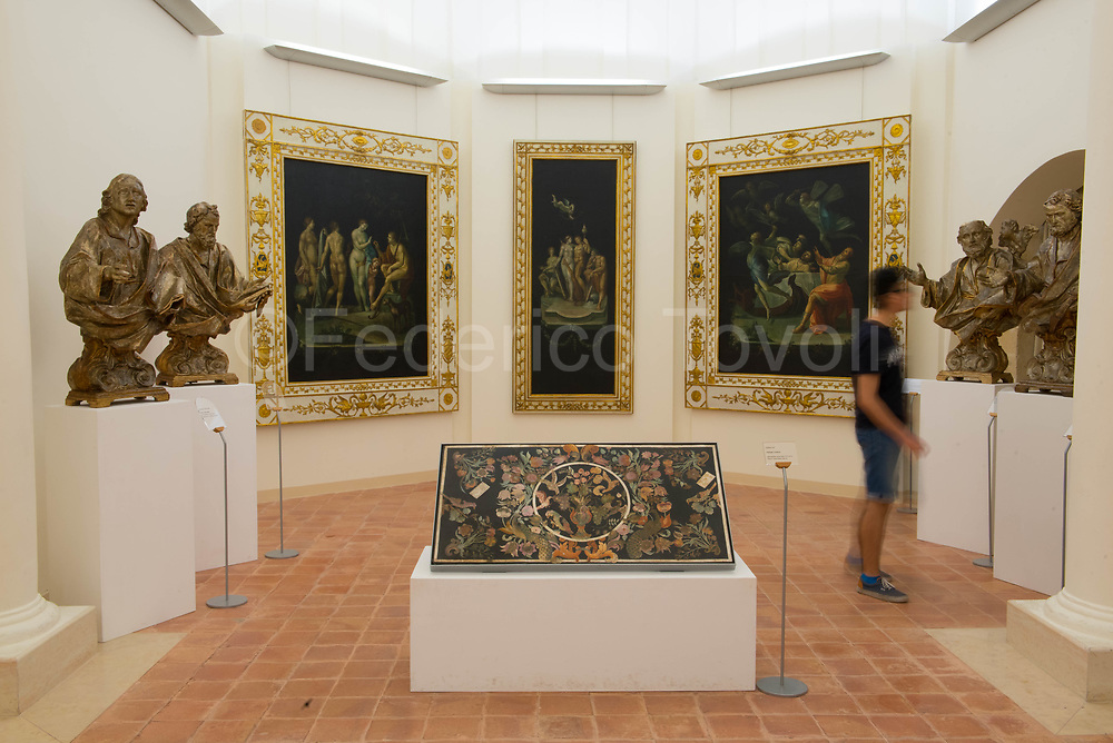 In the National Museum of Medieval and Modern Art of Basilicata, inside Palazzo lanfranchi