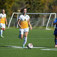 3rd year midfielder Nikita Senko (9) of the Regina Cougars in action during the women's soccer home game on October 1 at U of R Field. Credit: Arthur Ward/Arthur Images