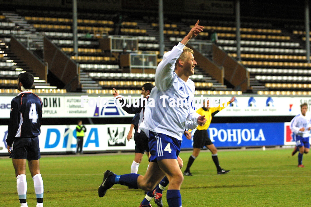 11.10.2002, Pohjola Stadion, Vantaa, Finland..UEFA Under-21 European Championship Qualifying match, Finland v Azerbaijan..Mathias Lindstr?m celebrates his goal for Finland U-21.©Juha Tamminen