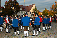 Wasserburg music group performing at the local wine festival, Wasserburg, on Lake Constance (Bodensee), Bavaria, Germany