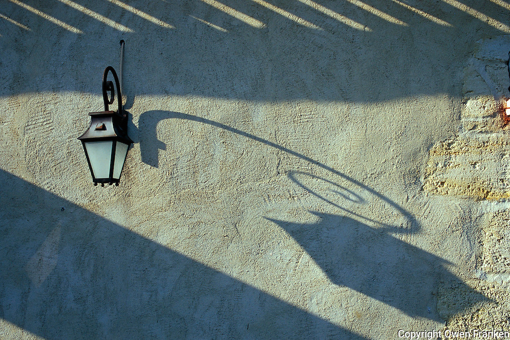 Stucco wall- Provence © Owen Franken