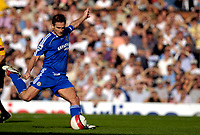 Photo: Daniel Hambury.<br />Fulham v Chelsea. The Barclays Premiership. 23/09/2006.<br />Chelsea's Frank Lampard scores from the spot. 0-1.