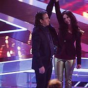 NLD/Amsterdam/20121130 - 4e liveshow The Voice of Holland 2012, Anja Dalhuisen neemt afscheid van haar coach Marco Borsato