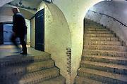 Nederland, Pannerden, 2-9-2011Fort Pannerden gerestaureerd. Het fort uit het verdedigingswerk de Hollandse Waterlinie is jarenlang door krakers beoond, maar nu door staatsbosbeheer opgeknapt en gerestaureerd om een museale functie te krijgen.Het is een polygonaal sperfort gelegen op de Pannerdensche Kop, het punt waar de Rijn zich splitst in Pannerdensch Kanaal en Waal. Het fort ligt in het natuurgebied de Klompenwaard, onderdeel van de Gelderse Poort.De restauratie van het fort is afgerond. In het fort komen musea, Ballistisch Museum en Streekmuseum, een informatiepunt voor Rijkswaterstaat , Staatsbosbeheer en een toeristisch informatiepunt. Gebouwd tussen 1869 en 1872.Foto: Flip Franssen/Hollandse Hoogte
