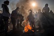Flüchtlingscamp Idomeni: Mehr als zehntausend Flüchtlinge stecken teilweise seit Wochen an der griechisch-mazedonischen Grenze bei Idomeni fest, nachdem die meisten Läder der Balkanroute ihre Grenzen geschlossen haben.© Christian Mang / mail@christianmang.com