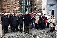 20111213 PROTESTA CIECHI PREFETTURA-
