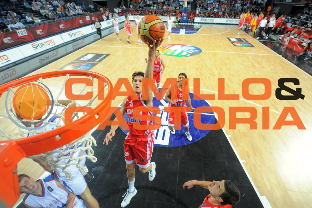 DESCRIZIONE : Istanbul Turchia Turkey Men World Championship 2010 Campionati Mondiali Eight Finals Ottavi Finale Serbia Croatia Croazia<br /> GIOCATORE : <br /> SQUADRA : Serbia<br /> EVENTO : Istanbul Turchia Turkey Men World Championship 2010 Campionato Mondiale 2010<br /> GARA : Serbia Croatia Croazia<br /> DATA : 04/09/2010<br /> CATEGORIA : <br /> SPORT : Pallacanestro <br /> AUTORE : Agenzia Ciamillo-Castoria/ElioCastoria<br /> Galleria : Turkey World Championship 2010<br /> Fotonotizia : Istanbul Turchia Turkey Men World Championship 2010 Campionati Mondiali Eight Finals Ottavi Finale Serbia Croatia Croazia<br /> Predefinita :
