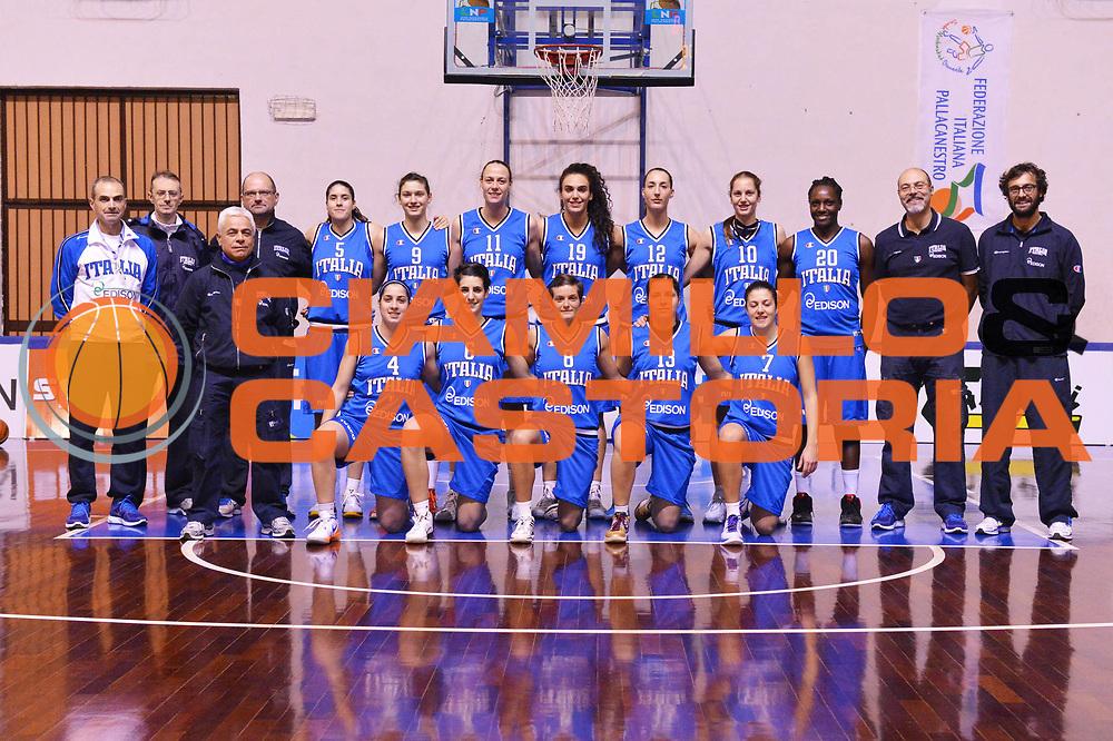 DESCRIZIONE : Orvieto Nazionale Femminile Italia Orvieto<br /> GIOCATORE : team<br /> CATEGORIA : ritratto curiosita<br /> SQUADRA : Nazionale Femminile Italia<br /> EVENTO : amichevole<br /> GARA : Nazionale Femminile Italia Orvieto<br /> DATA : 11/12/2012<br /> SPORT : Pallacanestro <br /> AUTORE : Agenzia Ciamillo-Castoria/GiulioCiamillo<br /> Galleria : Lega Basket A 2012-2013  <br /> Fotonotizia :  Orvieto Nazionale Femminile Italia Orvieto<br /> Predefinita :