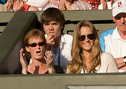 LONDON, ENGLAND - Thursday, June 25, 2009: Andy Murray's girlfriend Kim Sears and mother Judith cheer him off court following his straight sets victory 6-2, 7-5, 6-3 during the Gentlemen's Singles 2nd Round match on day four of the Wimbledon Lawn Tennis Championships at the All England Lawn Tennis and Croquet Club. (Pic by David Rawcliffe/Propaganda)