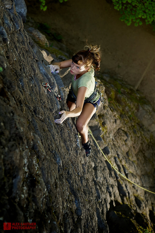 Hannah Rose clings to Tin Triangle 5.8 on her very first time at the sharp end of the rope.