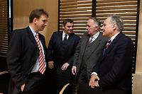 11 DEC 2003, BERLIN/GERMANY:<br /> Dieter Althaus, CDU, Ministerpraesident Thueringen, Peter Mueller, CDU, Ministerpraesident Saarland, Wolfgang Boehmer, CDU, Ministerpraesident Sachsen-Anhalt, und Erwin Huber, CDU, Staatsminister und Leiter der Staatskanzlei Bayern, (v.L.n.R.), im Gespraech, vor Beginn der Sitzung des Vermittlungsausschusses, Bundesrat<br /> IMAGE: 20031211-02-020<br /> KEYWORDS: Peter Müller, Wolfgang Böhmer, Gespräch