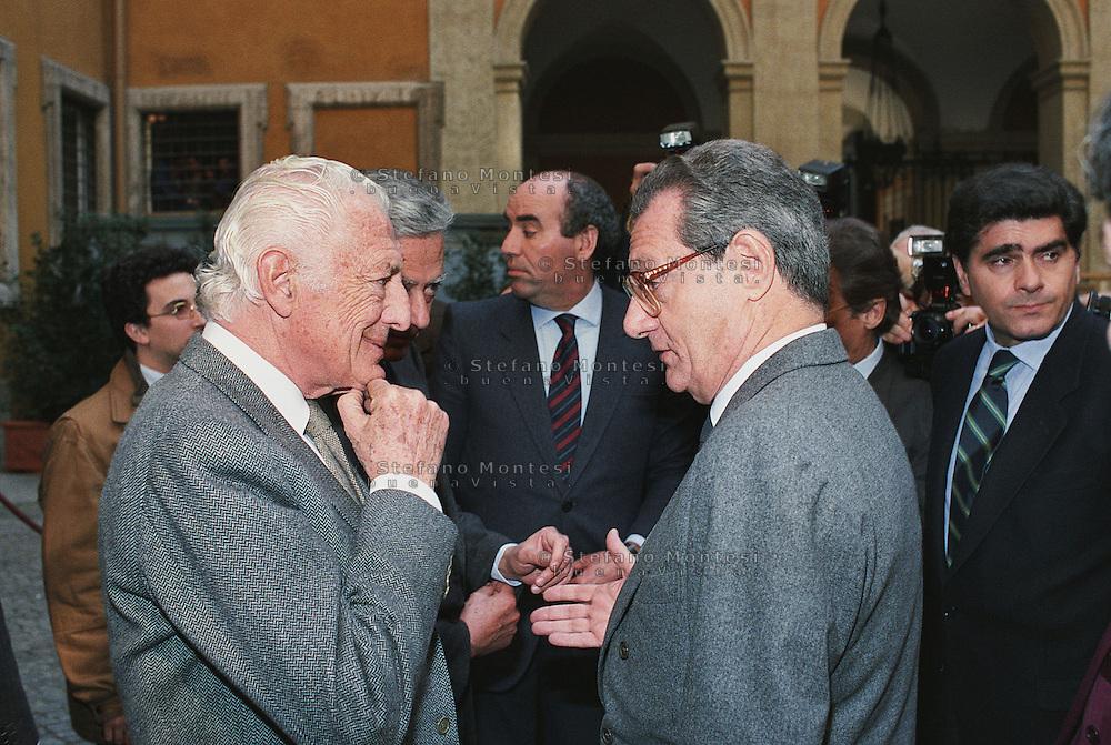 Roma 1990 Marzo..Gianni Agnelli e Cesare Romiti  presentano una  nuova auto Fiat a Palazzo Chigi..