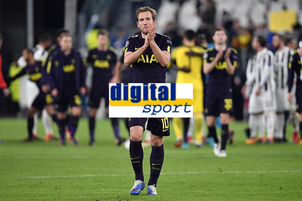 Harry Kane of Tottenham waves the fans at the end of the match <br /> Torino 13-02-2018 Juventus Stadium  Football Champions League 2017/2018 Juventus - Tottenham . Foto Andrea Staccioli / Insidefoto