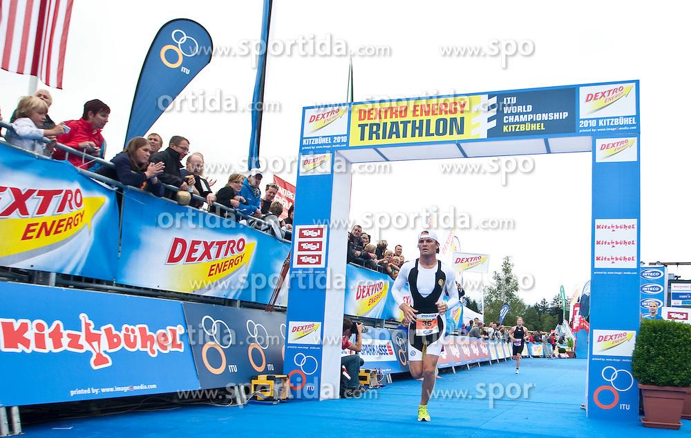 14.08.2010, Schwarzsee, Kitzbühel, AUT, Dextro Energy Triathlon Kitzbühel Jedermann, im Bild Nico Rosberg, Formel 1 Fahrer bei Mercedes, nahm beim Jedermann Triathlon in Kitzbühel bei, er schaffte die Strecke (1,5 Kilometer Schwimmen, 40,8 Kilometer Radfahren und 10 Kilometer) in einer Zeit von 2:07,32, EXPA Pictures © 2010, PhotoCredit: EXPA/ J. Feichter