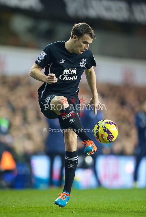 LONDON, ENGLAND - Sunday, November 30, 2014: Everton's Seamus Coleman in action against Tottenham Hotspur during the Premier League match at White Hart Lane. (Pic by David Rawcliffe/Propaganda)