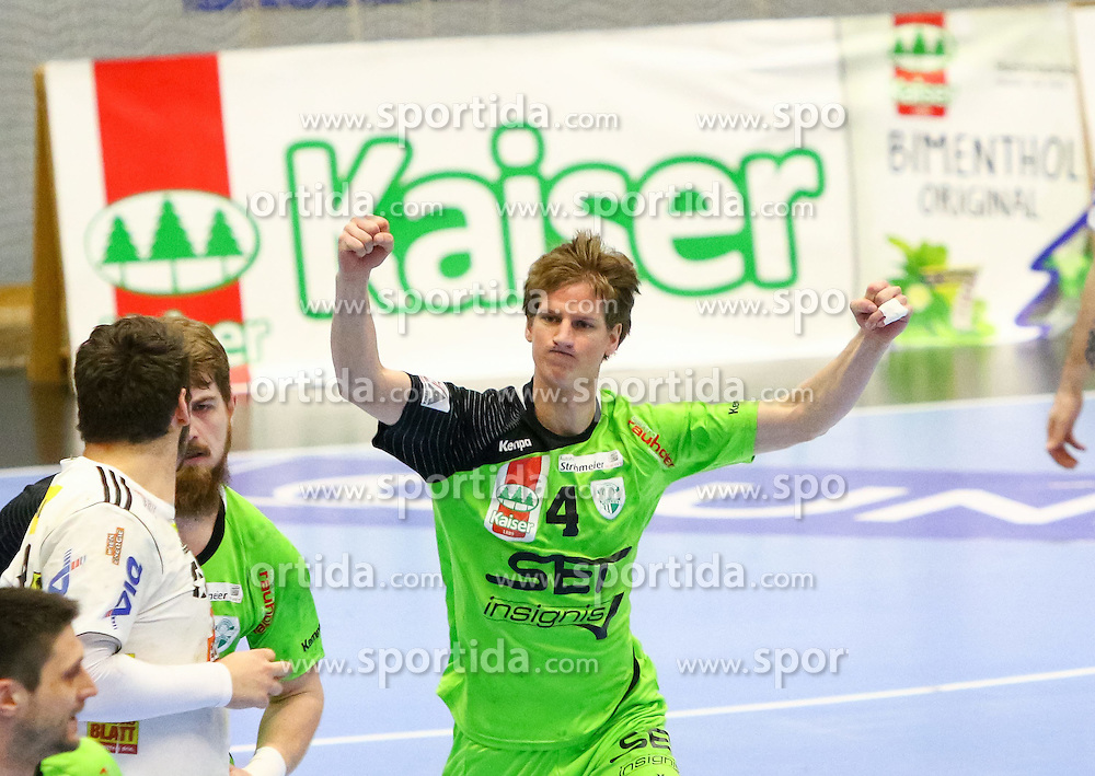 07.03.2015, BSFZ Suedstadt, Maria Enzersdorf, AUT, HLA Oberes Play off, SG West Wien vs Fivers WAT Margareten, im Bild Robert Machinek (SG West Wien)// during the Handball League Austria Match between SG West Wien and Fivers WAT Margareten at the BSFZ Suedstadt, Maria Enzersdorf, Austria on 2015/03/07, EXPA Pictures © 2015, PhotoCredit: EXPA/ Sebastian Pucher