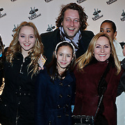 NLD/Amsterdam/20101228 - Inloop The voice of Holland 2010 concert, Angela Groothuizen, partner Rob Mooij en docter en familie