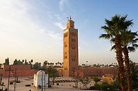 Maroc, Marrakech, ville impériale, médina classée Patrimoine Mondial de l' UNESCO, minaret et la mosquée Koutoubia  // Marrakech, Koutoubia Mosque