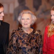 NLD/Amsterdam/20181119 - Beatrix bij 21e Nederlands Balletgala Dansersfonds '79, Pr. Beatrix en .......